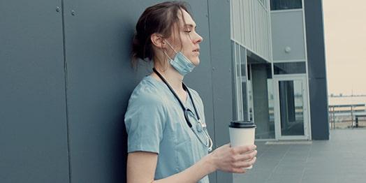 Innere-Unruhe-wird-oft-durch-Stress-bei-der-Arbeit-ausgelost